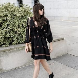 Anthropologie Zola Embroidered Tunic Dress Size P